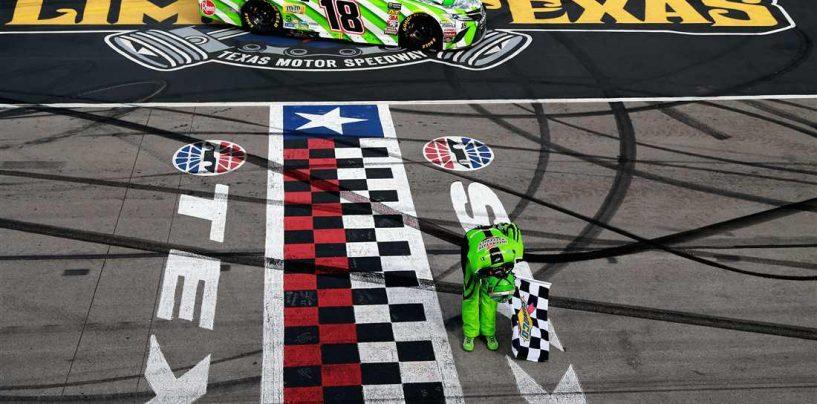 "<span class=""entry-title-primary"">NASCAR | Gara caotica in Texas, vince Kyle Busch!</span> <span class=""entry-subtitle"">Numerosi incidenti condizionano la corsa. KO Truex, Larson, Keselowski e Johnson fra i tanti</span>"