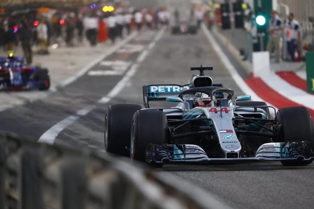F1 | GP Cina, FP2: Hamilton ancora in testa, in quattro in un decimo