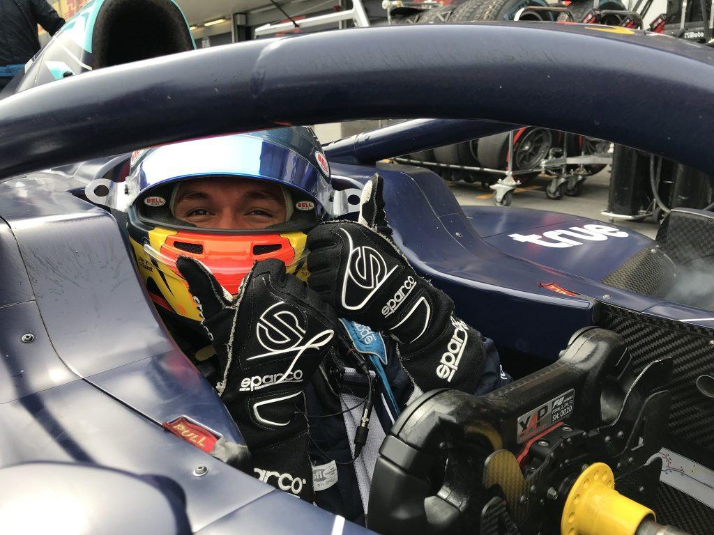 F2 | GP Azerbaijan: Albon in pole a Baku su Norris e Russell