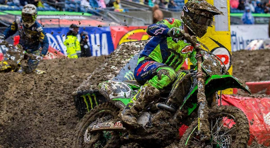 Supercross | Tomac più forte del fango a Seattle