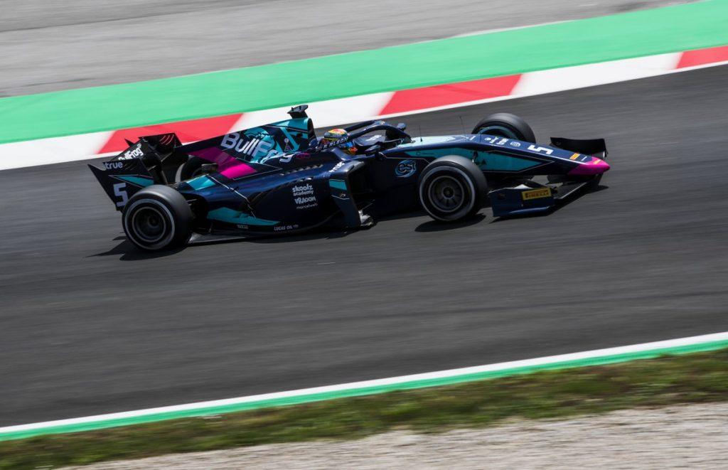F2 | GP Spagna: Pole position per Alexander Albon