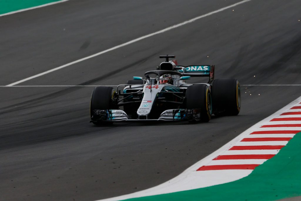 F1 | Gp Spagna: Hamilton in pole davanti a Bottas, Ferrari in seconda fila