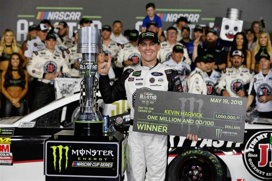 NASCAR | Harvick vince anche la All-Star Race!