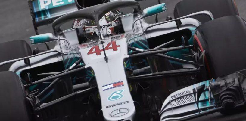 """<span class=""""entry-title-primary"""">Lewis ed i complotti, la grande illusione Ferrari</span> <span class=""""entry-subtitle"""">Mancava lui all'appello. È arrivato al netto delle polemiche</span>"""