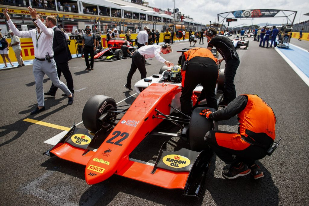 GP3 | Squalificate le MP Motorsport da Gara 1, vittoria a Hubert