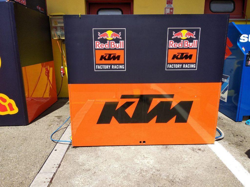 Inside KTM! Una giornata insieme al team austriaco