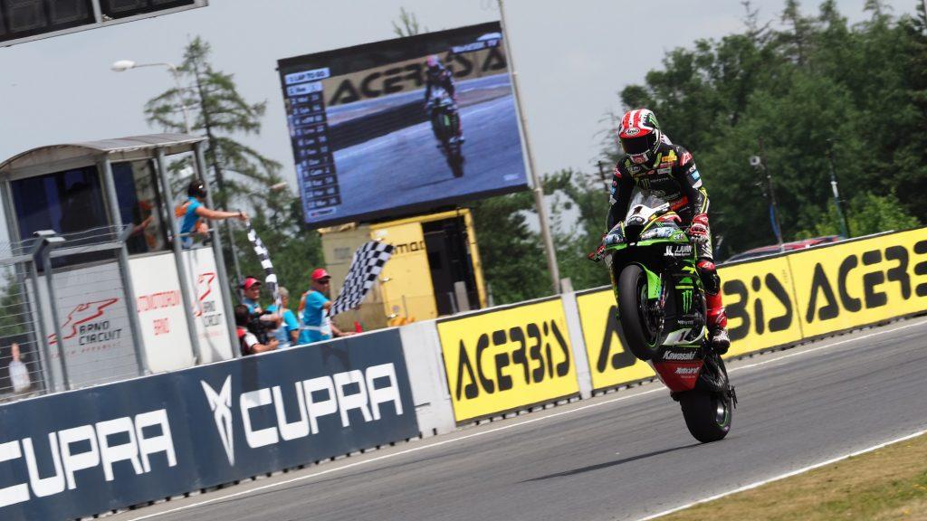 SBK | GP Repubblica Ceca: quota sessanta per Rea, podio per Melandri