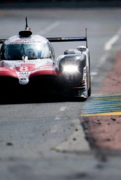 WEC   Toyota rompe l'incantesimo e vince la sua prima 24h di Le Mans!