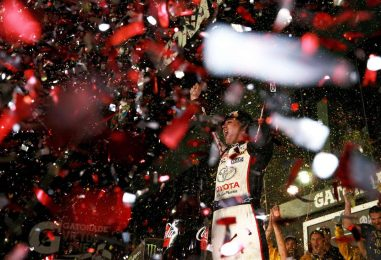 "NASCAR   Jones trionfa a Daytona dopo un ""wreckfest"" infinito!"