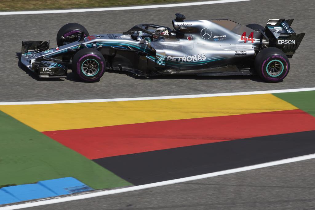 F1 | GP Germania: la pioggia ribalta tutto ed Hamilton trionfa, Vettel fuori