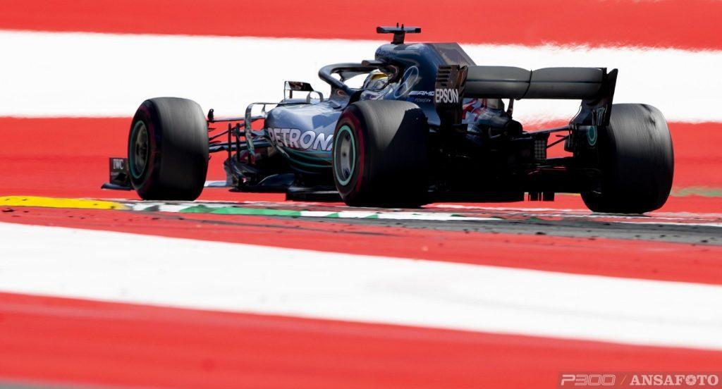 F1   Ancora polemiche gomme: Mario Isola difende Pirelli