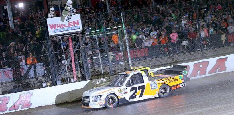 """<span class=""""entry-title-primary"""">NASCAR   Truck: Chase Briscoe vince sullo sterrato di Eldora</span> <span class=""""entry-subtitle"""">In un finale al fotofinish, l'ex pilota del team di Keselowski beffa il compagno di squadra Enfinger</span>"""