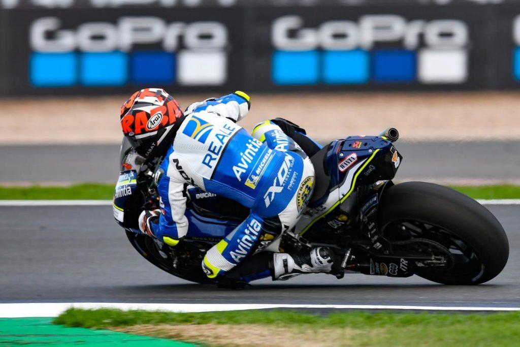 MotoGP | Infortunio per Tito Rabat durante la FP4 a Silverstone