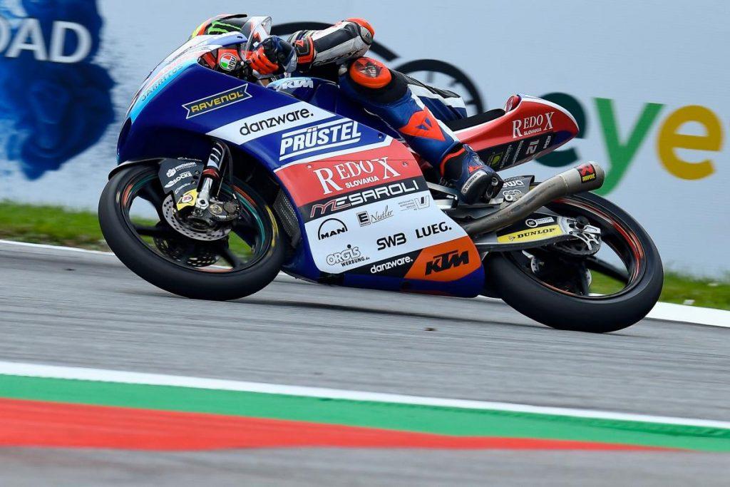 Moto3 | GP Austria: la pista si asciuga e Bezzecchi fa la pole, impresa stoica di Martín