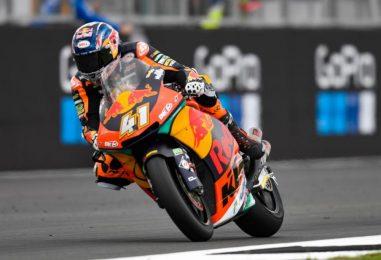 Moto2 | GP Aragón: pole position per Brad Binder su KTM