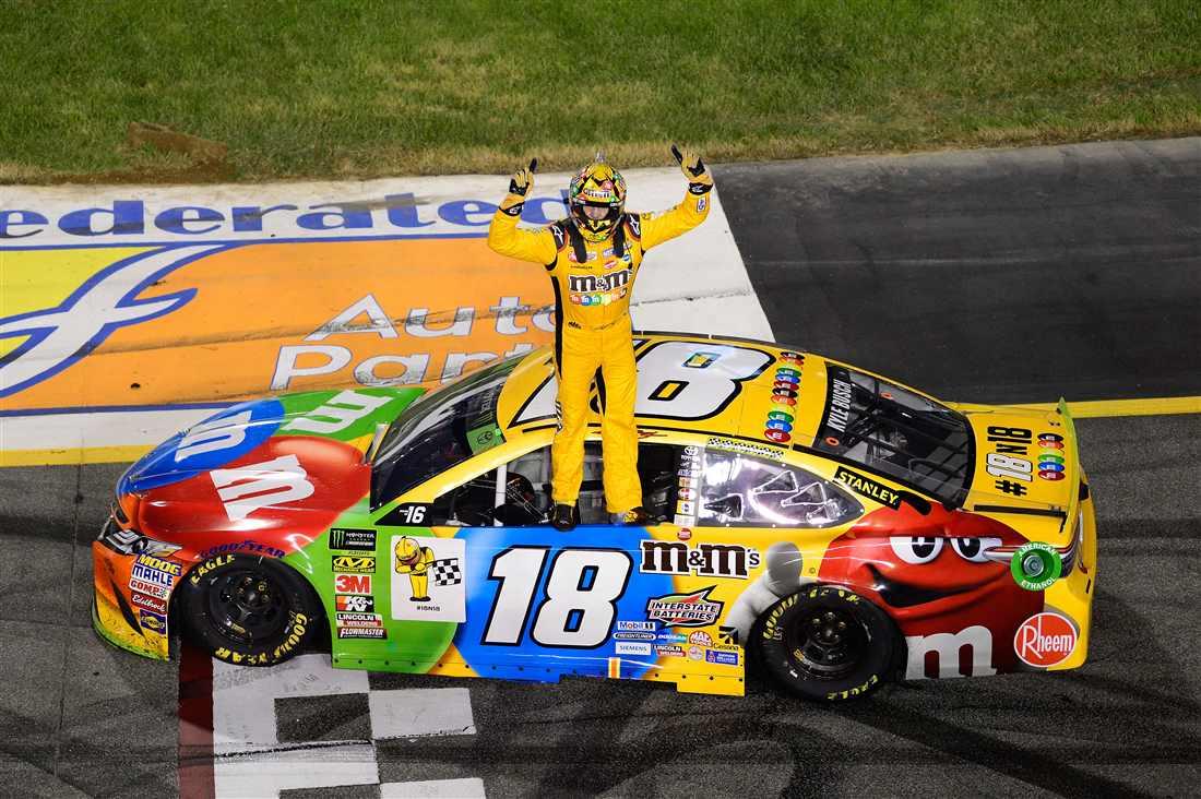 NASCAR | Kyle Busch fa 50 a Richmond
