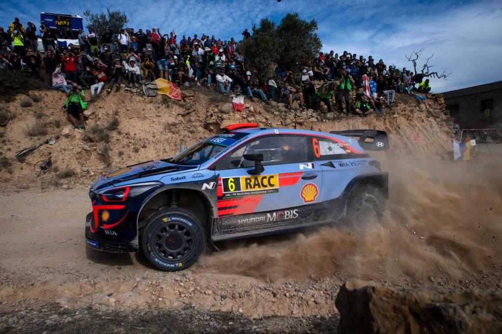WRC | Catalunya: Tänak fora e precipita nono, Sordo nuovo leader
