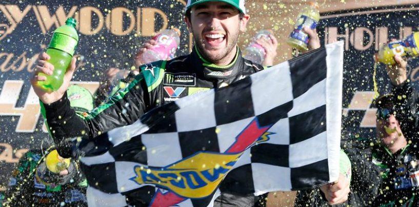 "<span class=""entry-title-primary"">NASCAR | Kansas: Chase Elliott non si ferma più!</span> <span class=""entry-subtitle"">Seconda vittoria in tre gare per il pilota della #9. Eliminati dai playoff Blaney, Keselowski, Larson e Bowman</span>"
