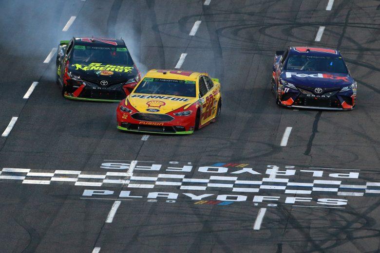 NASCAR | Logano esce vincitore dall'arena di Martinsville!