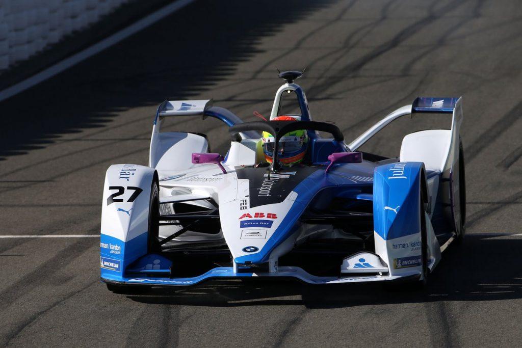 Formula E   BMW e Alexander Sims si presentano con il miglior tempo a Valencia