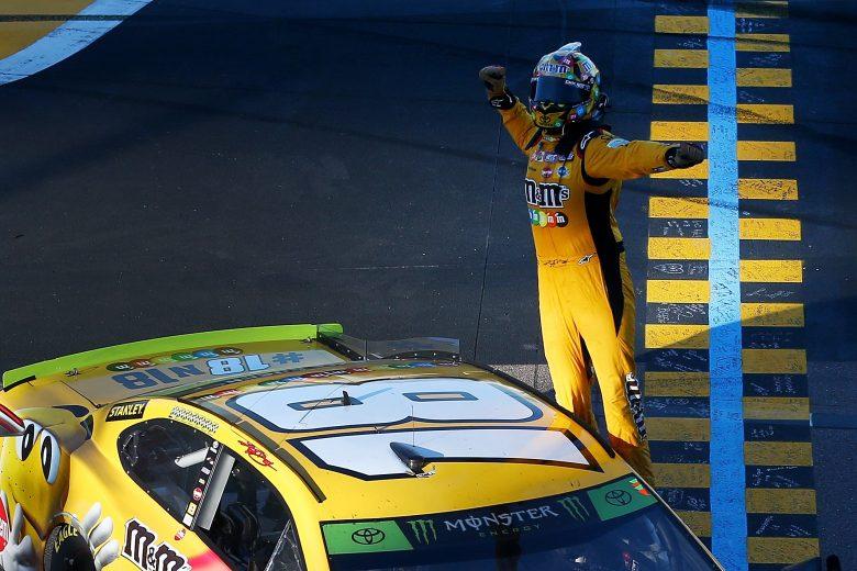 NASCAR | Kyle Busch torna alla vittoria a Phoenix
