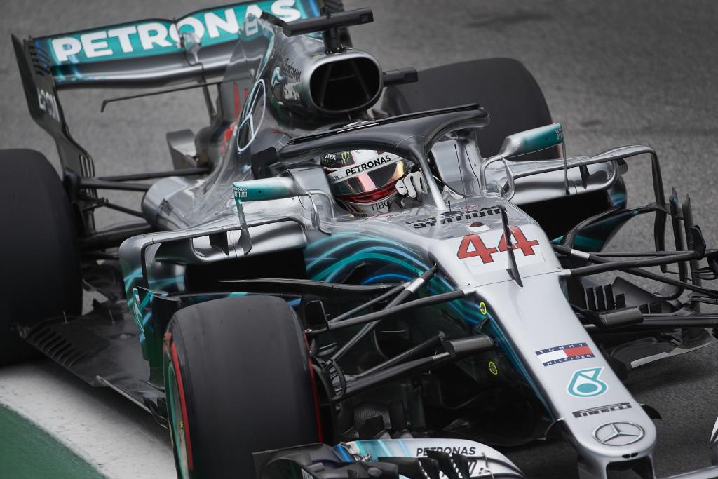 F1 | GP Brasile: Hamilton ringrazia Ocon e vince su Verstappen e Raikkonen. Mercedes Campione