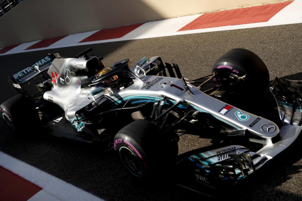 F1 | GP Abu Dhabi, qualifiche: Hamilton chiude l'anno con la Pole