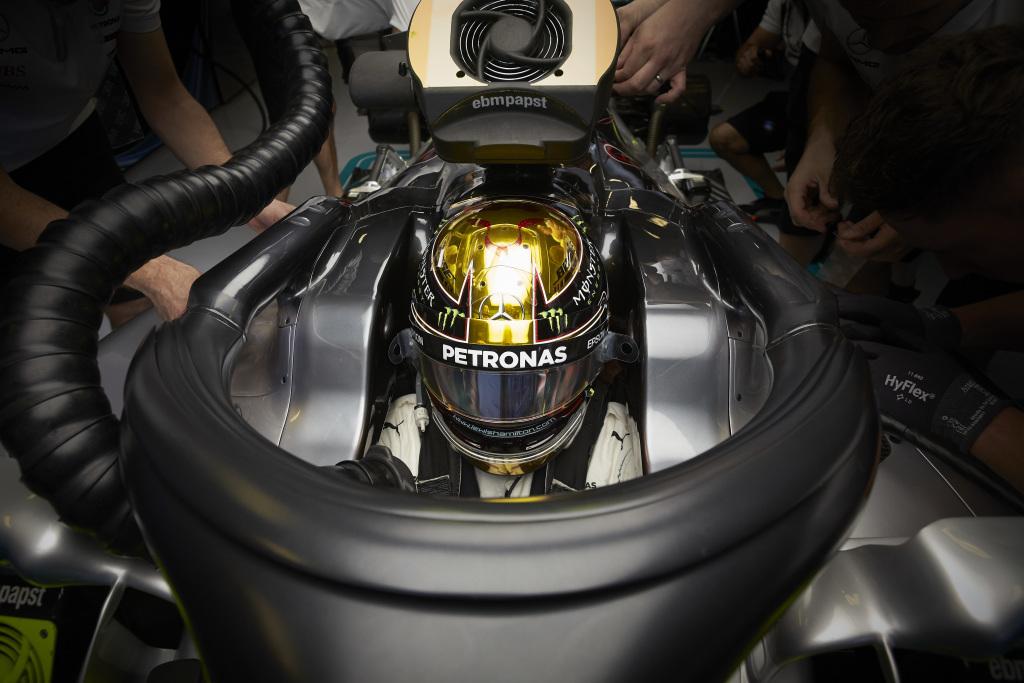 F1   GP Abu Dhabi, Prove Libere 3: Hamilton davanti alle Ferrari