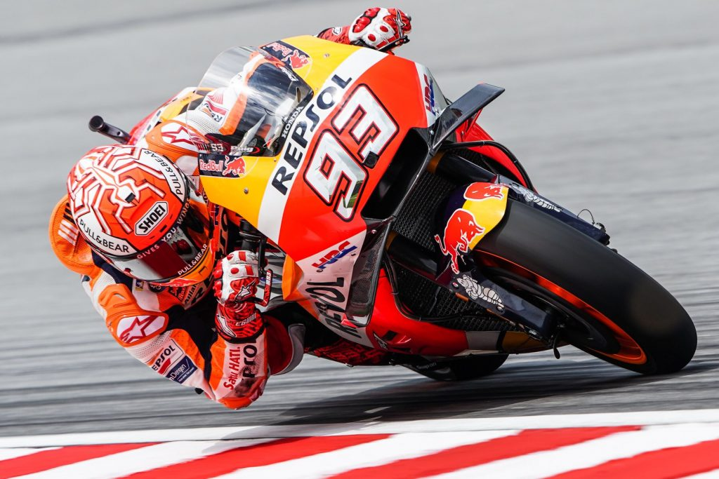 MotoGP | GP Malesia, Márquez penalizzato, Pole a Zarco