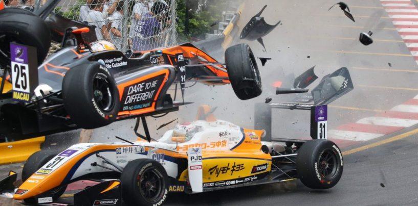 """<span class=""""entry-title-primary"""">Il Motorsport è anche questo</span> <span class=""""entry-subtitle"""">Gli incidenti, gli infortuni e la morte fanno parte di un mondo che i piloti conoscono. Per questo vanno rispettati</span>"""