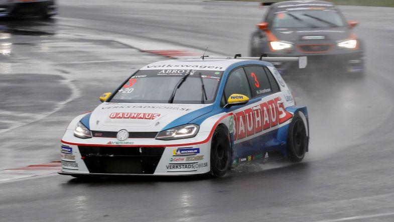 WTCR | Johan Kristoffersson raggiunge Huff e Bennani nel team SLR