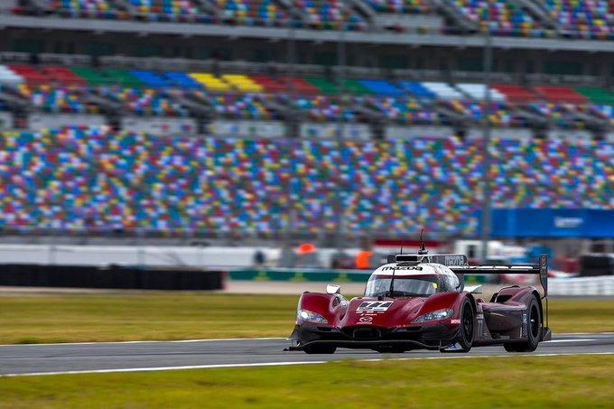 24h di Daytona: Jarvis poleman da record, Ferrari comanda tra le GTD