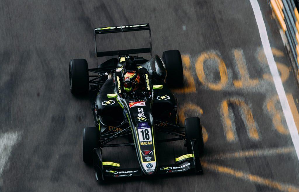 F3 | Sponsor e pilota giapponesi per il team Carlin