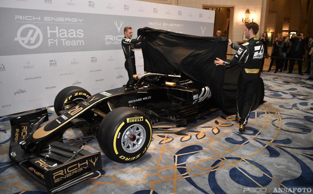 F1 | Presentata la nuova livrea del team Haas