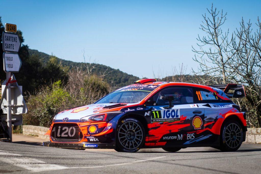 WRC | Corsica: Tänak fora, Neuville balza in cima alla classifica