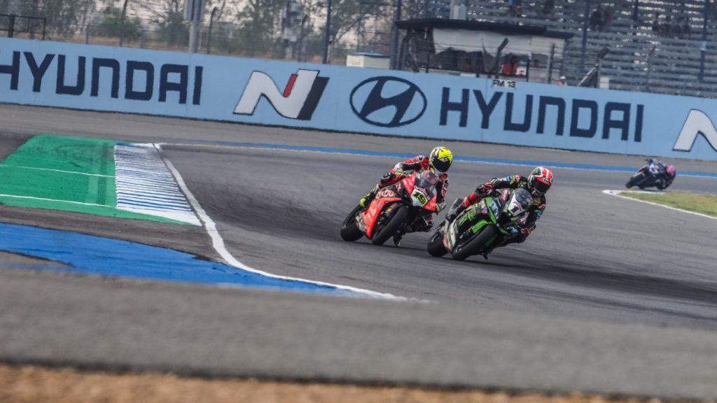 SBK | GP Thailandia: la bandiera rossa ferma la SP Race, Bautista si prende i 12 punti