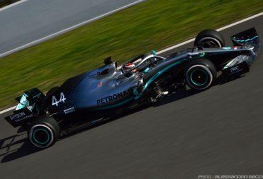 """F1   Lewis Hamilton contro le modifiche aerodinamiche: """"Non è cambiato nulla"""""""