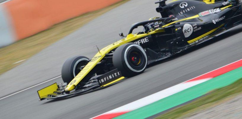 "<span class=""entry-title-primary"">F1 | Anteprima mondiale 2019: Renault F1 team</span> <span class=""entry-subtitle"">Via Sainz dentro Ricciardo per il team francese. Obiettivo raggiungere i top team</span>"