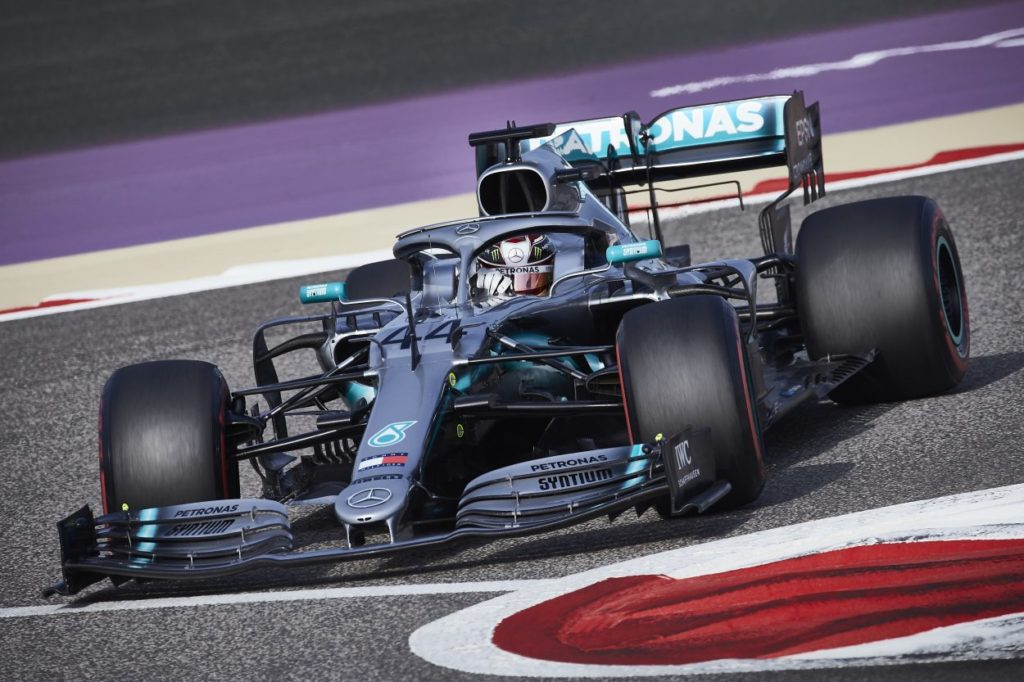 F1   GP Bahrain 2019: incredibile disfatta Ferrari, Hamilton vince e Mercedes fa doppietta