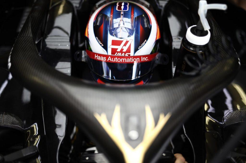F1   GP Bahrain, tre posizioni di penalità Grosjean per aver ostacolato Norris