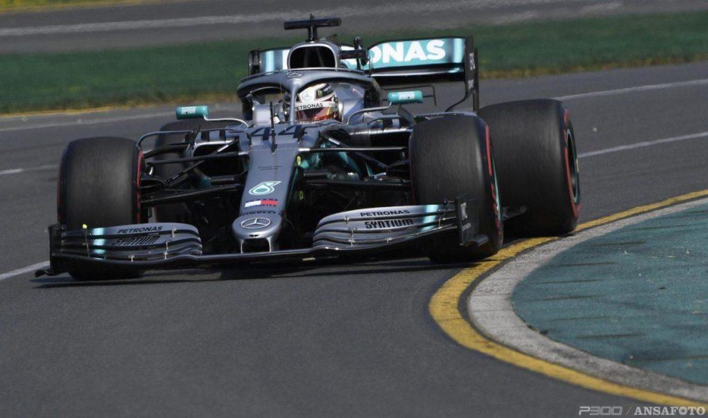 F1 | GP Australia, qualifiche: Hamilton strabilia, Pole e record. Vettel 3°, Leclerc 5°