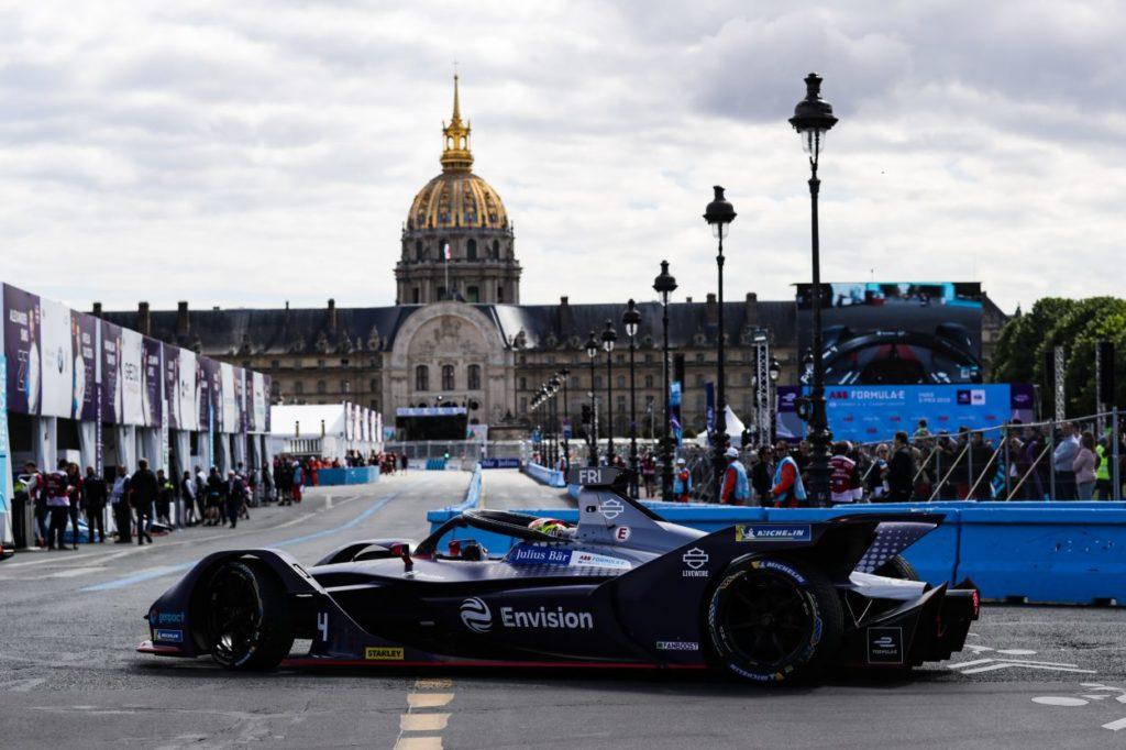 Formula E | Frijns domina sotto la pioggia di Parigi e si porta in testa al campionato