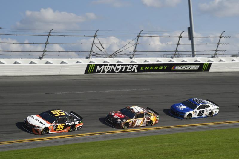 NASCAR | Il punto dopo Richmond: dominio JGR-Penske, gli altri rimandati 10
