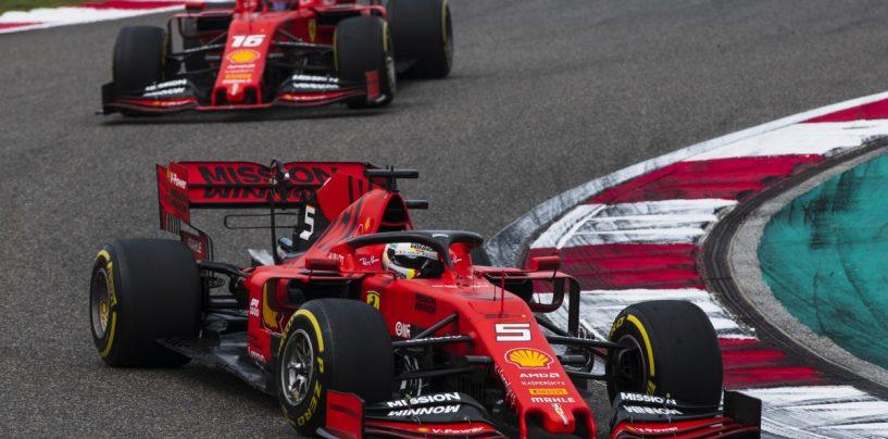"""<span class=""""entry-title-primary"""">La guerra dei poveri: Mercedes, intanto, se ne va...</span> <span class=""""entry-subtitle"""">Il dualismo interno in Ferrari nasconde il vero problema. Hamilton e Bottas sono già scappati</span>"""