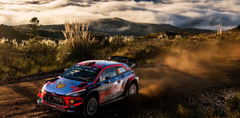 "<span class=""entry-title-primary"">WRC | Argentina: Tänak ancora out, Neuville in fuga</span> <span class=""entry-subtitle"">Ogier terzo per problemi all'idroguida, ora è doppietta Hyundai con Mikkelsen</span>"