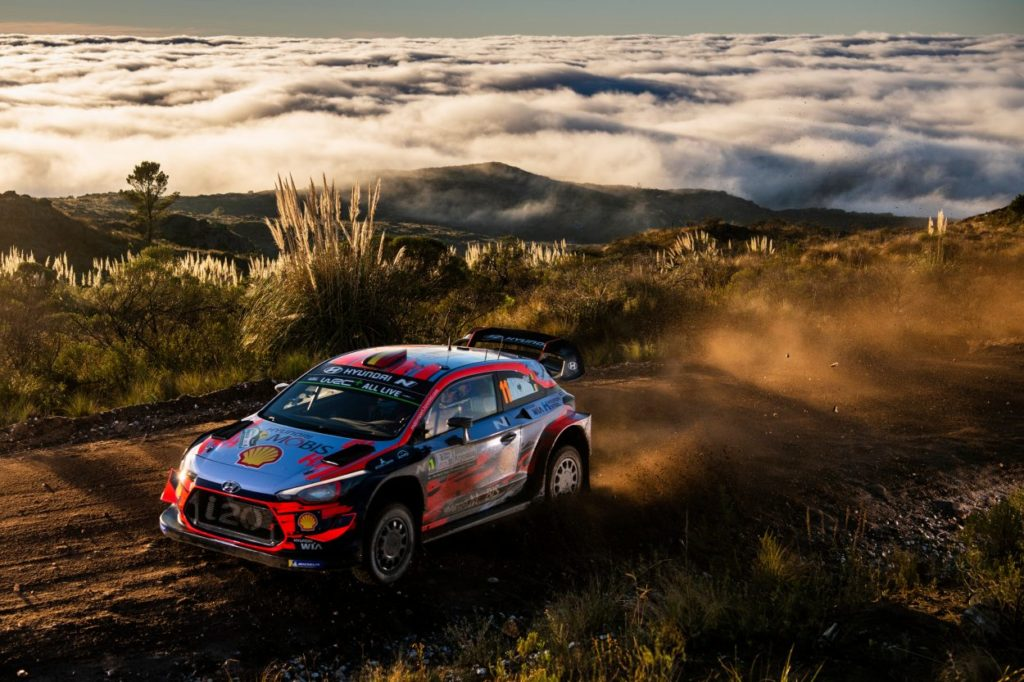 WRC   Argentina: Tänak ancora out, Neuville in fuga
