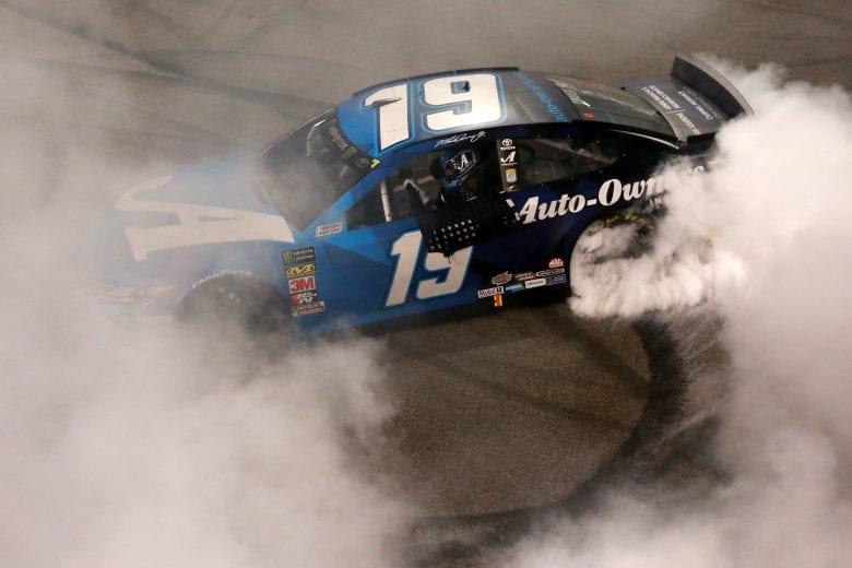 NASCAR | Richmond: finalmente Truex in victory lane!
