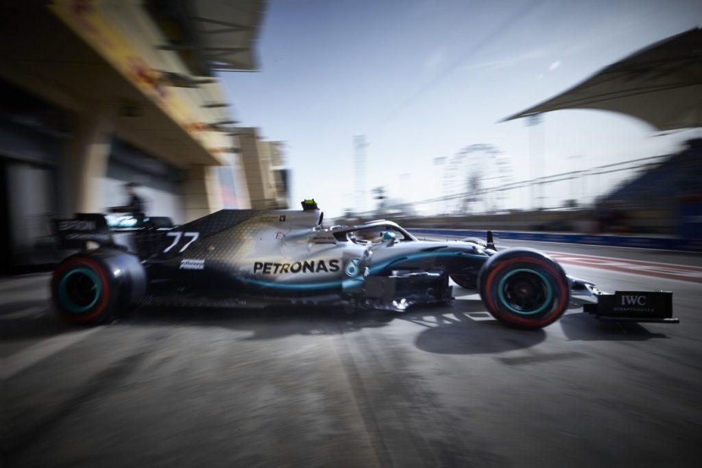 F1 | GP Cina, Valtteri Bottas è il poleman del 1000° GP. Ferrari in seconda fila