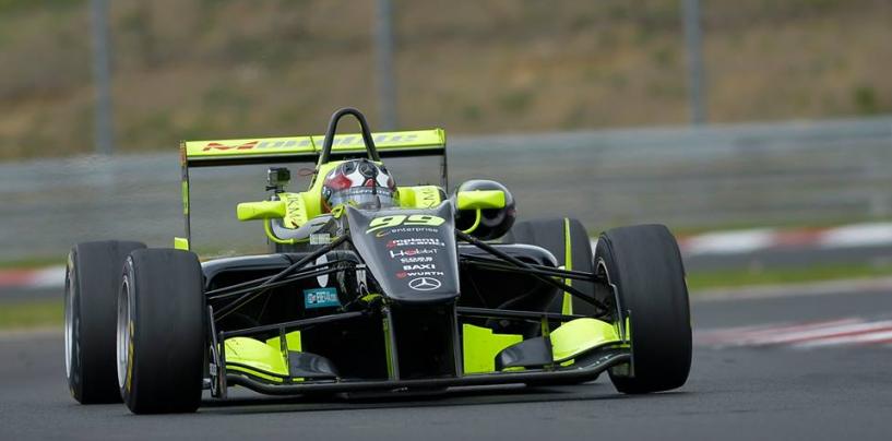 """<span class=""""entry-title-primary"""">Doppio podio nel FIA-CEZ per Andrea Cola a Budapest</span> <span class=""""entry-subtitle"""">Il pilota romano parte bene con due secondi posti</span>"""