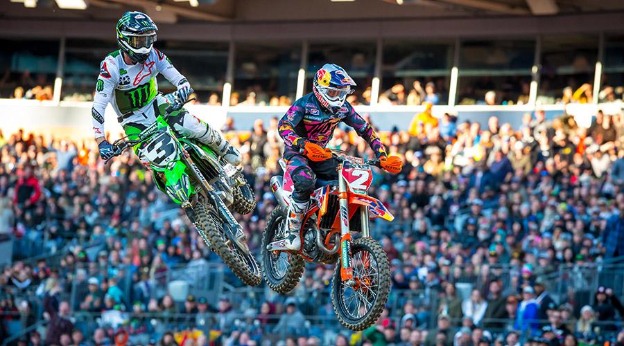 Supercross | Tomac vince la gara di casa a Denver, Webb secondo